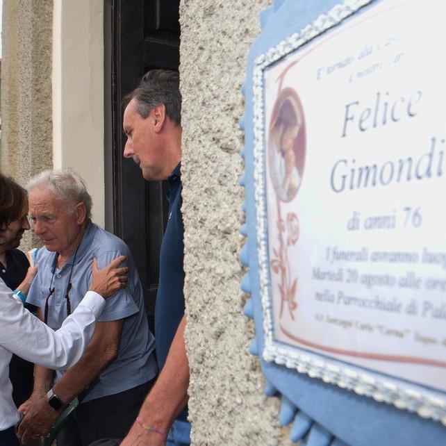 In migliaia per l'ultimo saluto a Gimondi