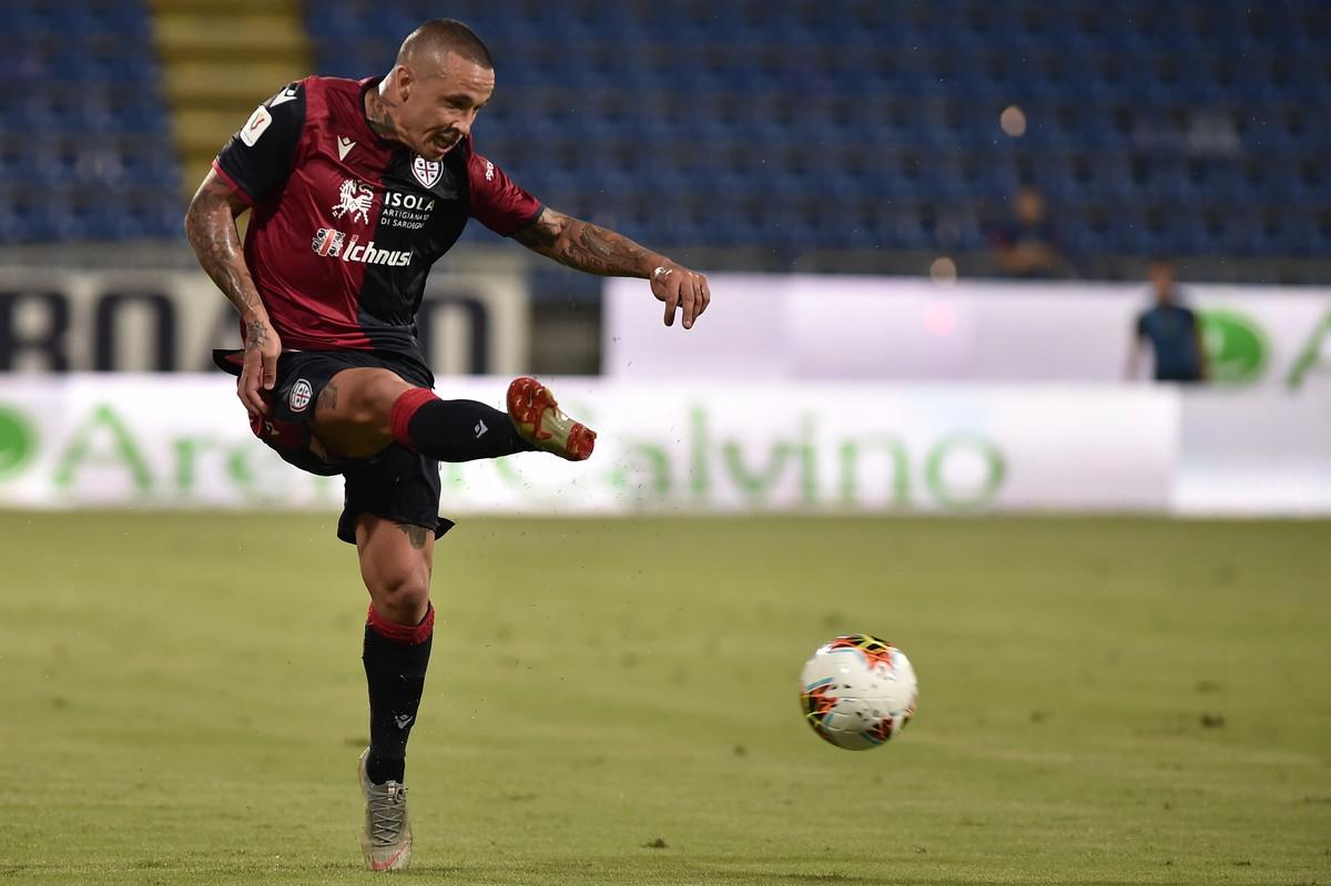 Radja Nainggolan, centrocampista del Cagliari arrivato dall'Inter: per lui è un ritorno in Sardegna