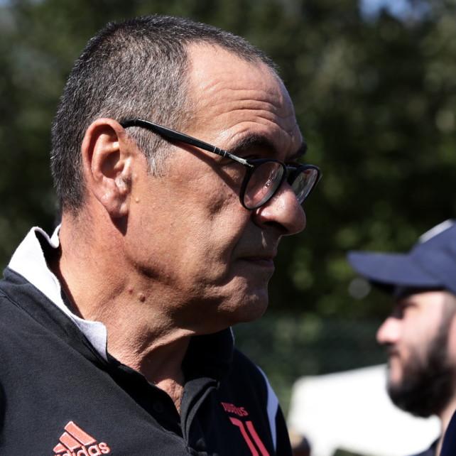 Juventus, Sarri non sarà in panchina contro Parma e Napoli a causa della polmonite