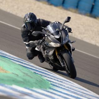 Triumphporta la Moto2 sulla strada