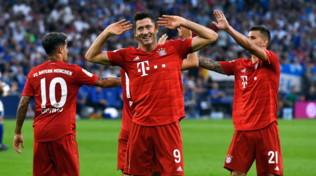 Bundesliga: triplo Lewandowski, il Bayern stende lo Schalke