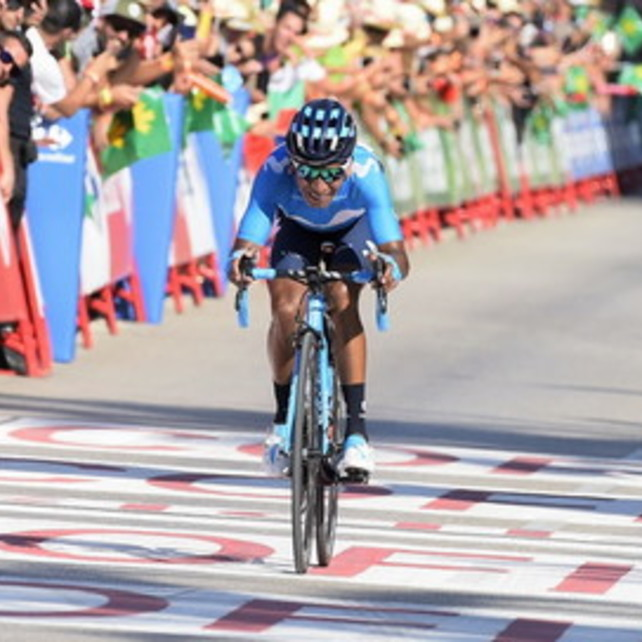 Ciclismo, Vuelta: guizzo Quintana, Fabio Aru rialza la testa e chiude 5°
