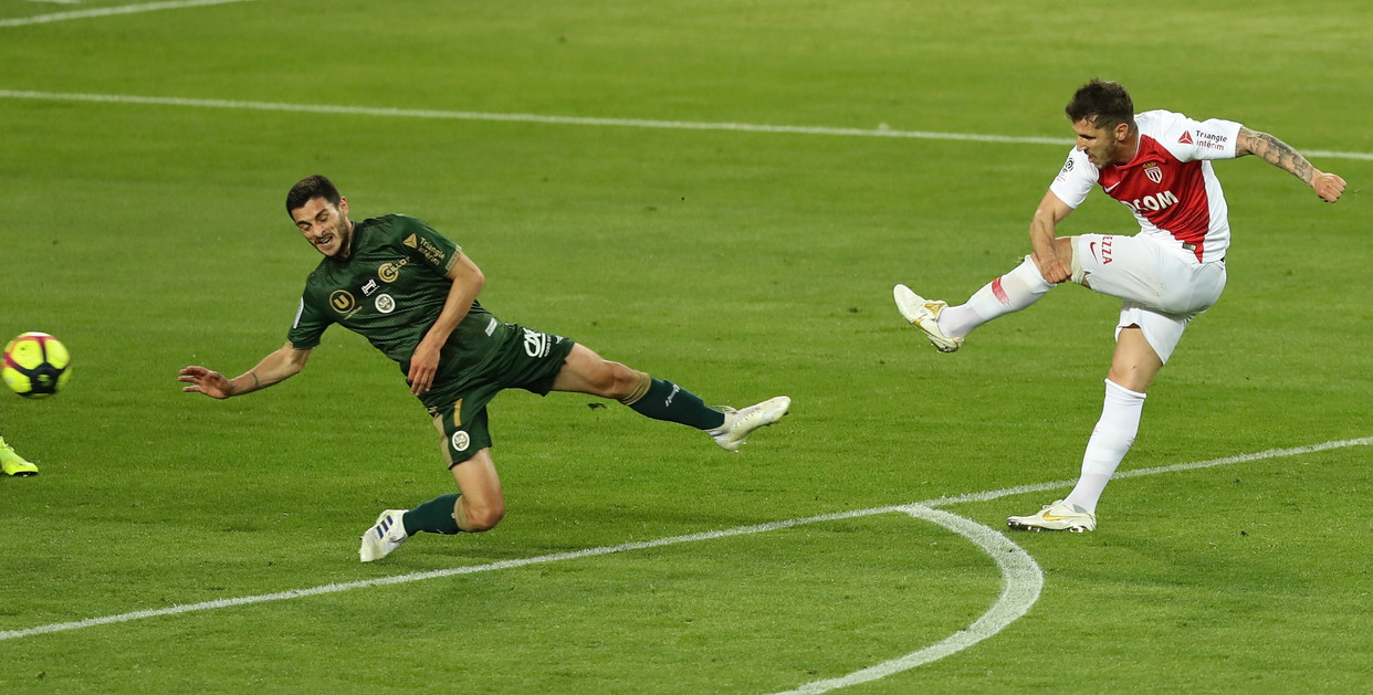Stevan Jovetic, attaccante del Monaco: rottura del crociato, rientro a metà novembre