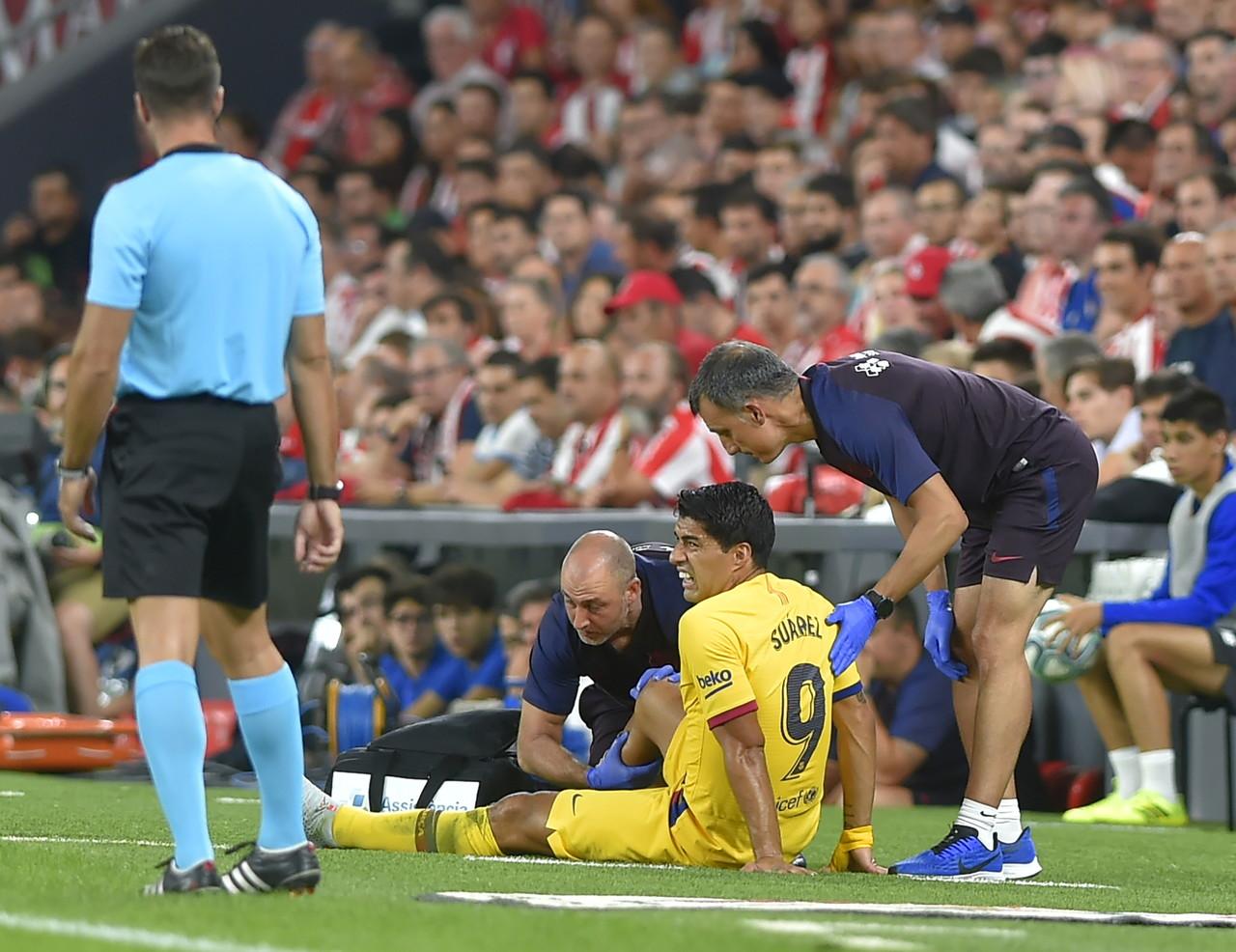 Luis Suarez, attaccante del Barcellona: infortunio al polpaccio, rientro incerto