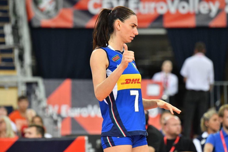 La Atlas Arena di Lodz, in Polonia, si conferma essere il nuovo fortino dell'Italvolley femminile, impegnata nell'Europeo. Le Azzurre ottengon...