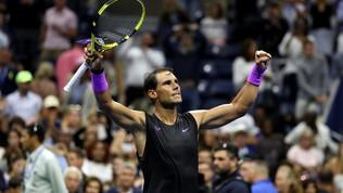 Tennis, US Open: Nadal in scioltezza al secondo turno, fuori Tsitsipas, Zverev si salva al quinto set<br />