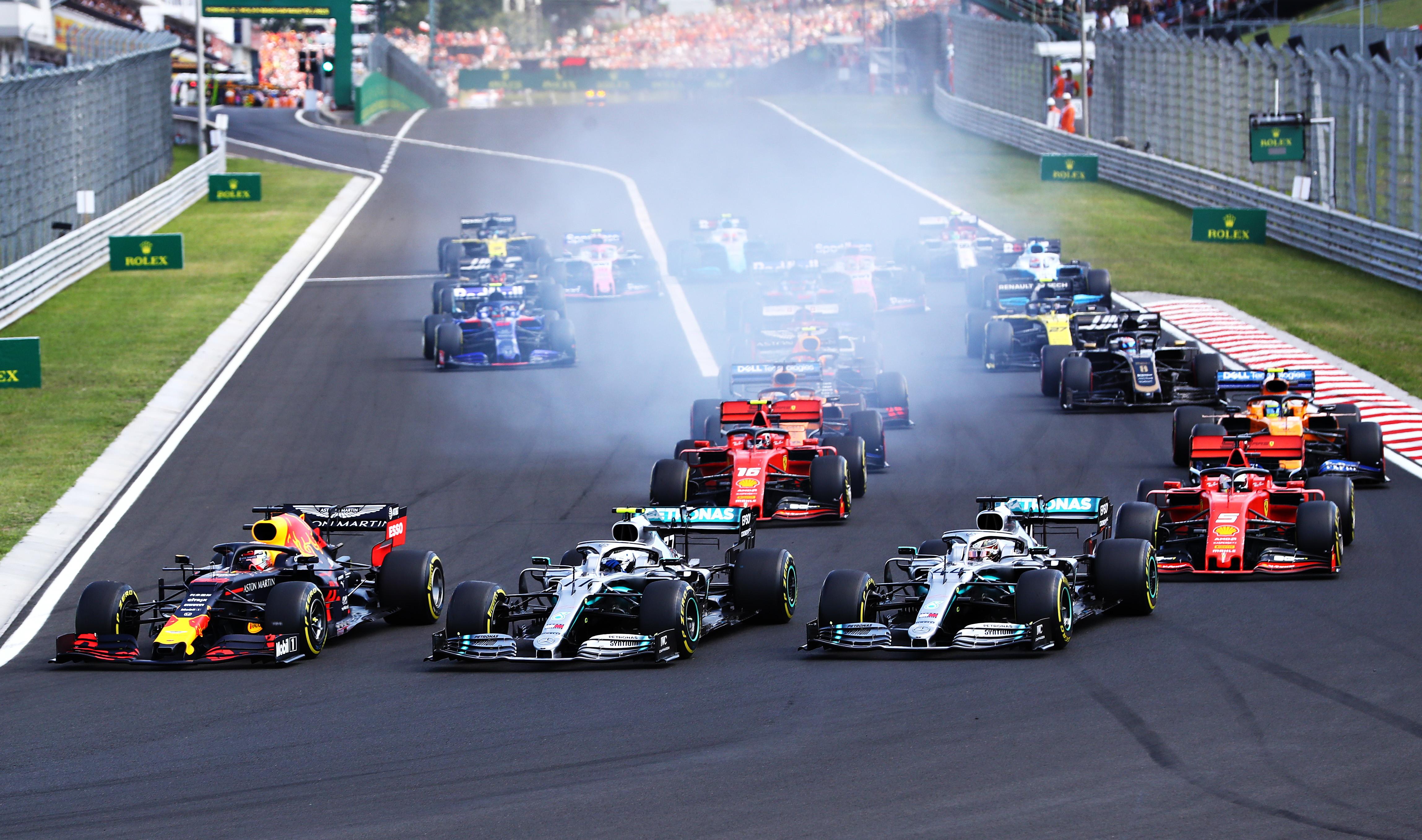 Formula Uno Calendario 2020.F1 C E Il Calendario 2020 22 Gp Con Il Debutto Di Vietnam