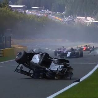 Formula 2: spaventoso incidente a Spa, morto il pilota francese Hubert