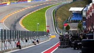 """La F2 si ferma per Hubert, Hamilton duro: """"Noi piloti poco apprezzati"""""""