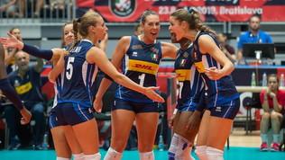 Volley, Europei femminili: l'Italia non brilla, ma batte la Slovacchia e va ai quarti