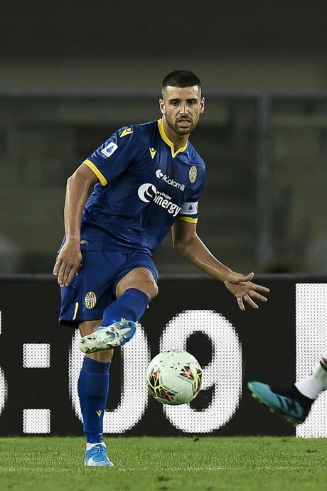 VERONA 6: La squadra della B stravolta con giocatori di esperienza (Veloso) e scommesse (Amrabat). Pessina può essere la rivelazione, il club si aspetta molto da Stepinski.