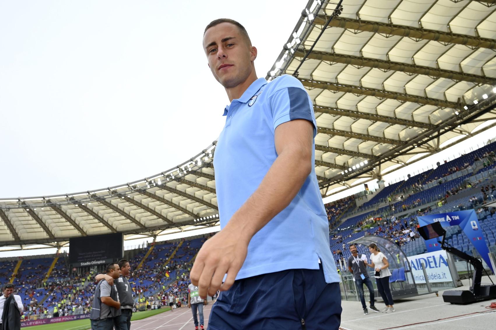 Adam Marusic è stato scalzato da Lazzari, uno dei pochi nuovi acquisti della Lazio.