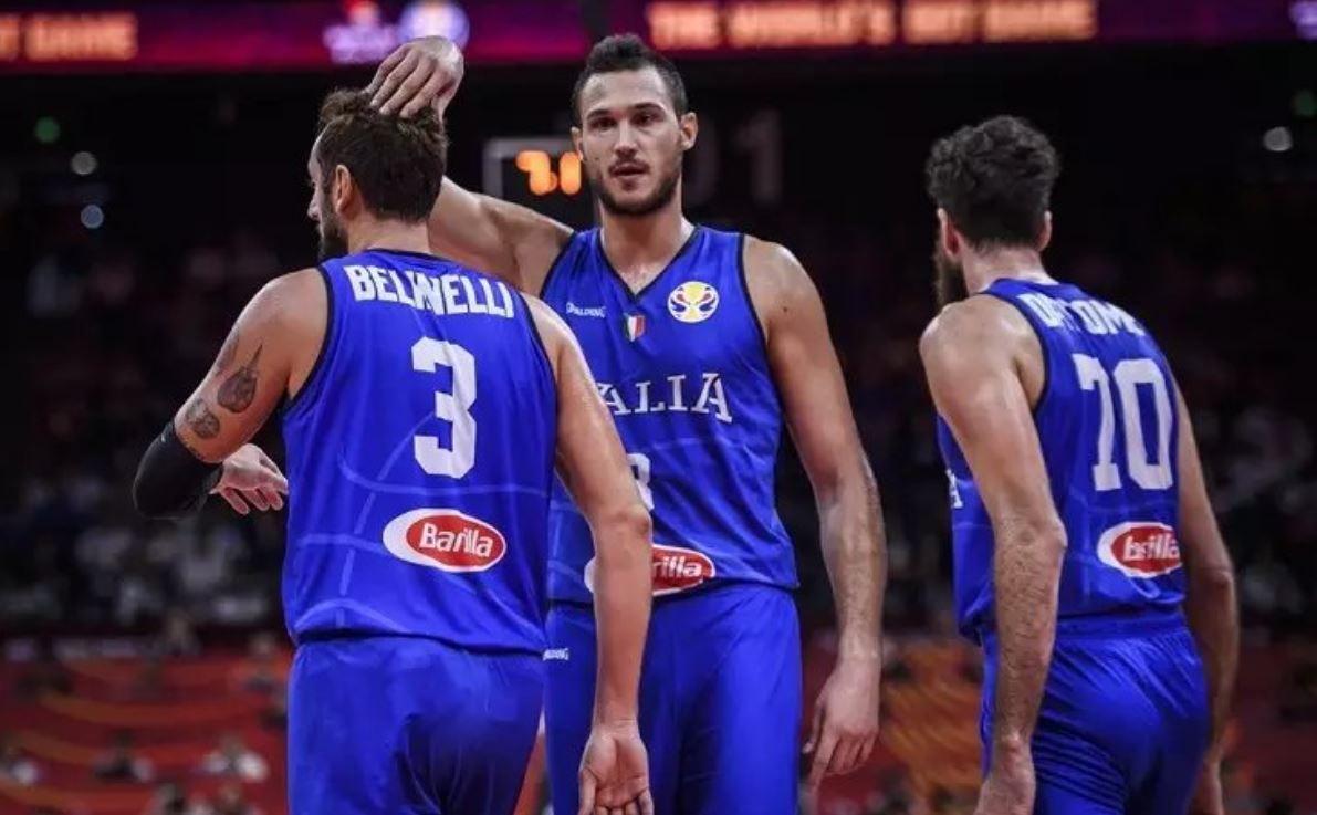 Azzurri fuori dai giochi dopo la sconfitta con la nazionale di Scariolo.