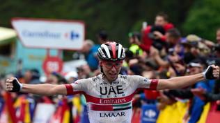 Ciclimo, Vuelta: a Pogacar la 13.a tappa, Roglic stacca ancora tutti, Aru si ritira