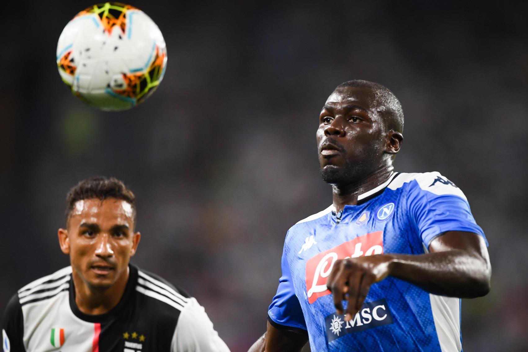 L'autogol contro la Juve ha fatto il giro del mondo. Ma aveva sbagliato anche sul gol di Higuain. Koulibaly non è ancora il muro che conosciamo