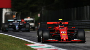 F1 Italia, Leclercporta la Ferrari in trionfo a Monza