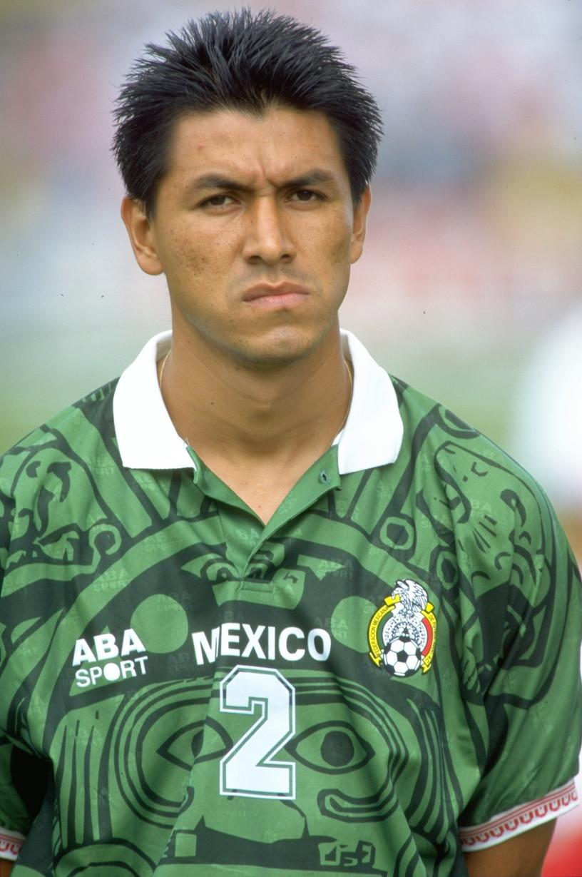 CLAUDIO SUAREZ - con 177 presenze nella nazionale messicana si aggiudica il terzo posto