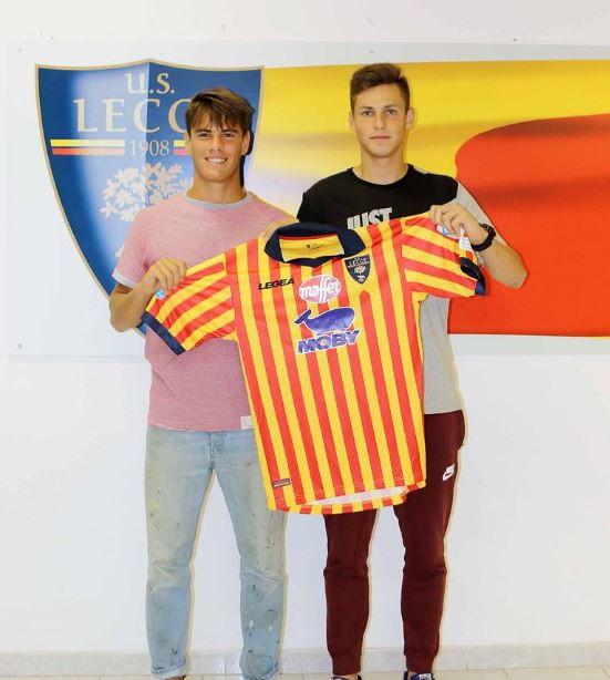 Edgaras Dubickas (Lecce) è il calciatore meno pagato della Serie A. Il suo stipendio è di 20 mila euro.