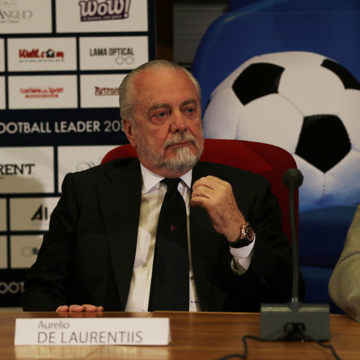 Napoli, De Laurentiis punge Ancelotti e Koulibaly