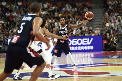 Clamorosa eliminazione ai Mondiali di basket degli Stati Uniti, che perdono 79-89 contro la Francia dopo 13 anni di imbattibilità in campo inte...