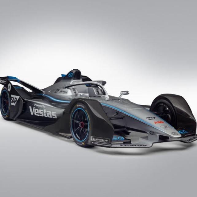 Mercedes, inizia l'avventura in Formula E con Vandoorne e De Vries