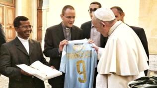 """Serie B, """"nuovo acquisto"""" per l'Entella: a Papa Francesco la numero 9"""