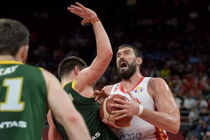 Dopo aver clamorosamente eliminato la Serbia, continua il sogno iridato della Spagna, che nella prima semifinale dei Mondiali in corso di svolgimento ...