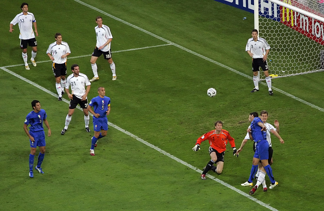 La FIGC annuncia la nascita della Azzurri Legends,una Nazionale formata dai campioni che hanno fatto la storia del nostro calcio.Ipr...