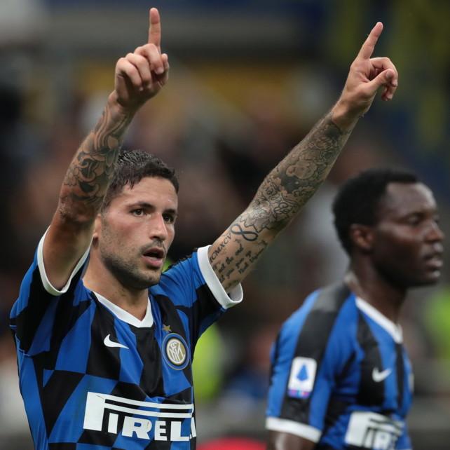 Sensi stende l'Udinese, Conte vola in testa a punteggio pieno