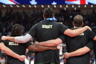 Dopo lo spettacolo delle semifinali, anche la finale per la medaglia di bronzo non poteva che essre combattuta e tirata fino all'ultimo secondo. A...