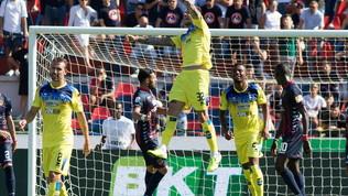 Serie B: poker Pisa alla Cremonese, il Pescara vince 2-1 a Cosenza, i pali fermano il Crotone