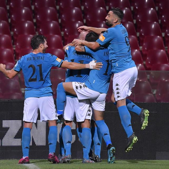 Serie B: Salernitana-Benevento 0-2, Viola e Sau regalano il derby a Inzaghi