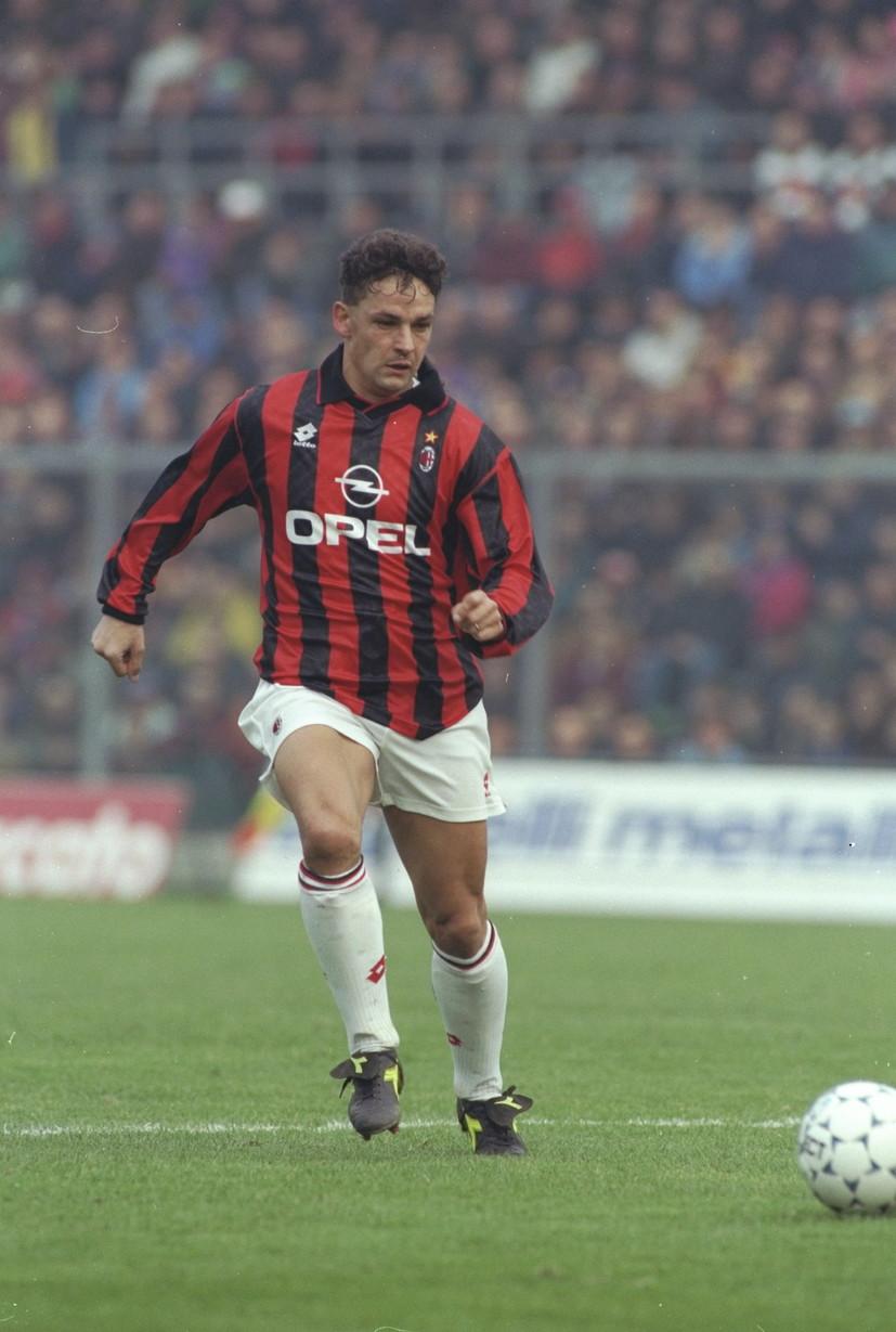 ROBERTO BAGGIO - ha segnato il suo primo gol durante il derby della Madonnina. Ha indossato la maglia del Milan dal 1995 al 1997, realizzando contro l'Inter due reti