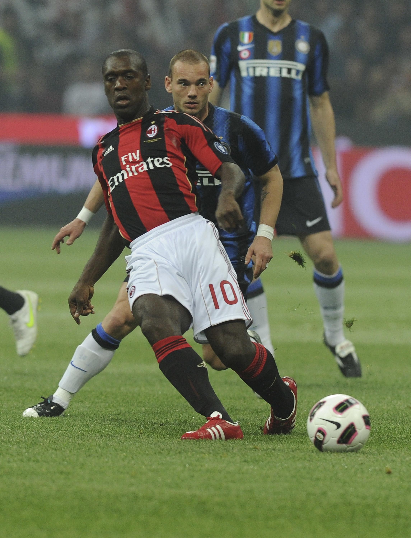 Passato al Milan nell'ambito di un maxi scambio, è diventato un simbolo della Milano rossonera, segnando anche due gol nei derby