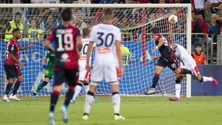 Cagliari-Genoa, spettacolo e gol nel finale