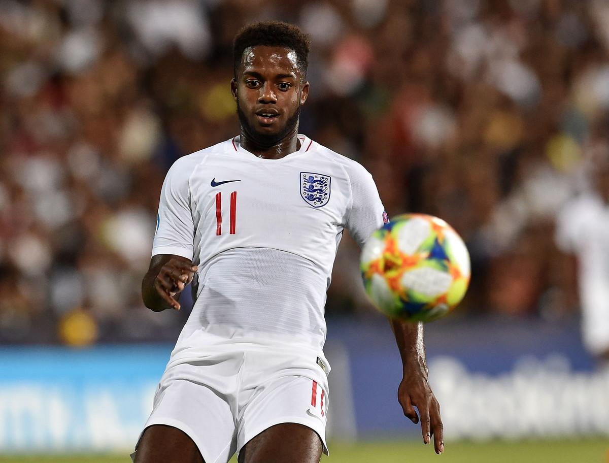Ryan SESSEGNON(Tottenham, 19 maggio): centrocampista esterno soprattutto portato per la fascia sinistra, grande dinamismo e capacità di tenere tutta la lunghezza del campo.