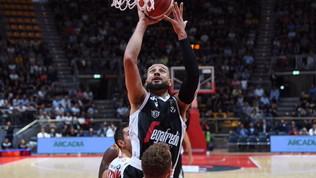Basket, Serie A: la Virtus Bologna risponde alla Fortitudo, Trento facile su Pistoia, Brescia ok in volata