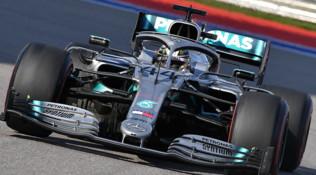 F1 Russia: k.o. tecnico per Vettel, la Ferrari regala a Hamilton la vittoria