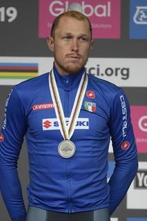 L'azzurro secondo nella volata a tre: oro a Pedersen