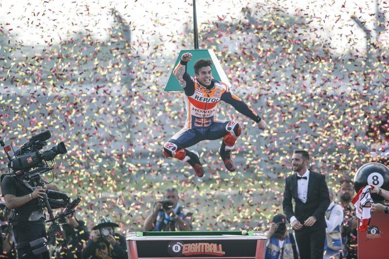 Le immagini della festa per l'ottavo titolo iridato del pilota spagnolo