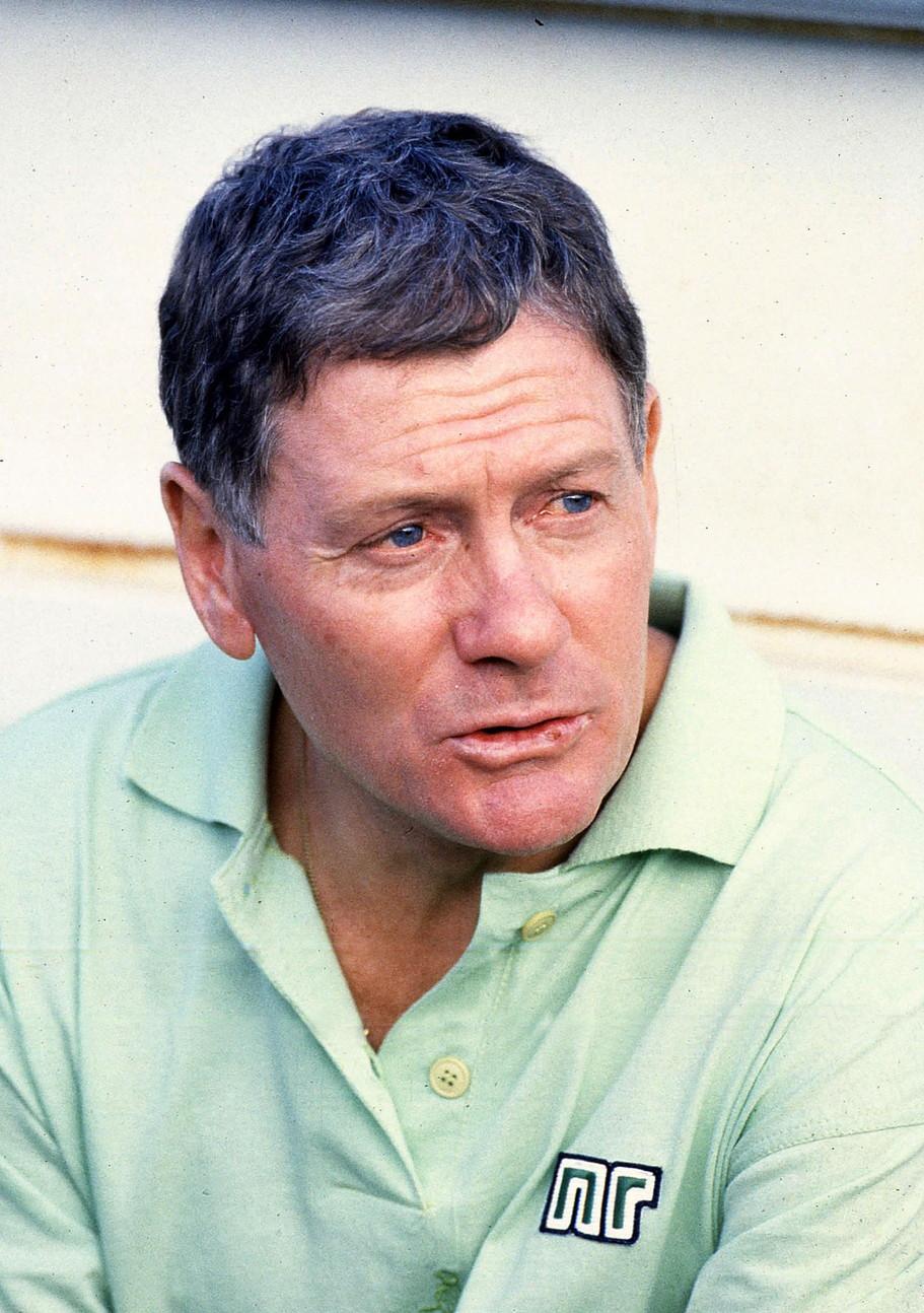 GIGI RADICE - la sua esperienza al Milan non è fortunata: viene esonerato nel 1981/1982. A partire dalla stagione 1983/1984 siede sulla panchina dell'Inter per 41 gare