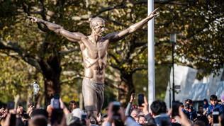 """Malmoe celebra il """"suo"""" Ibra con una statua"""