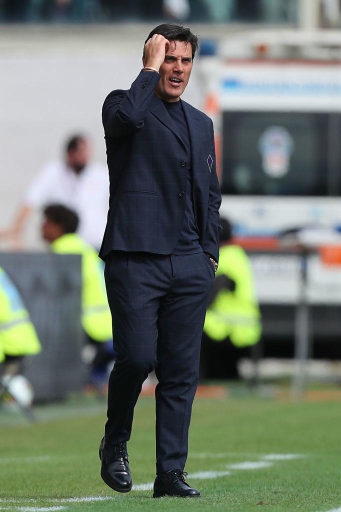 """Vincenzo Montella: Milan e Napoli. """"Dai 13 ai 15 anni tifavo Milan, il mio idolo era Van Basten. Poi iniziai a tifare per il Napoli, è la mia squadra del cuore"""""""