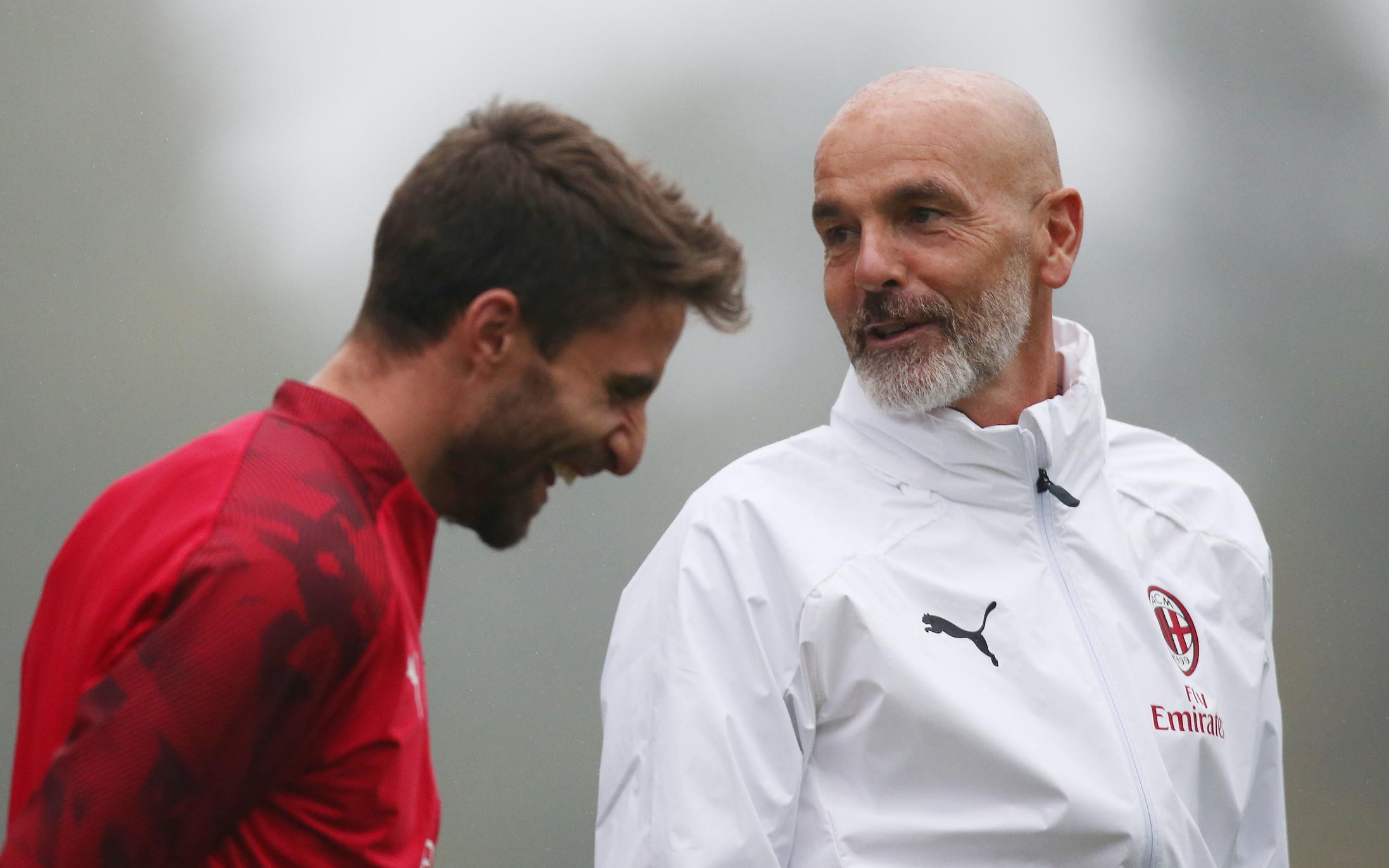 Dopo la firma con il Milan, Stefano Pioli ha diretto la sua prima seduta rossonero a Milanello.