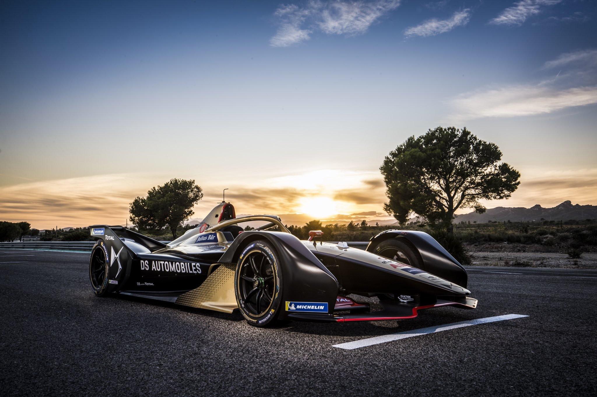 Il team campione in carica mantiene la livrea oro e nera anche per la Season 6di Formula E. L'auto di Vergne sarà decorata con due stelle dorate per celebrare i due titoli Mondiali.