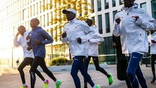 Correre 422 volte i 100 metri in 17 secondi: ecco cosa significa abbattere il Muro delle 2 ore!