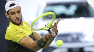 Tennis, Shanghai: Berrettini si ferma in semifinale, Zverev vince in due set