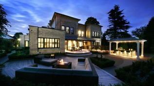Inghilterra: in vendita la villa dove ha alloggiato Ibra