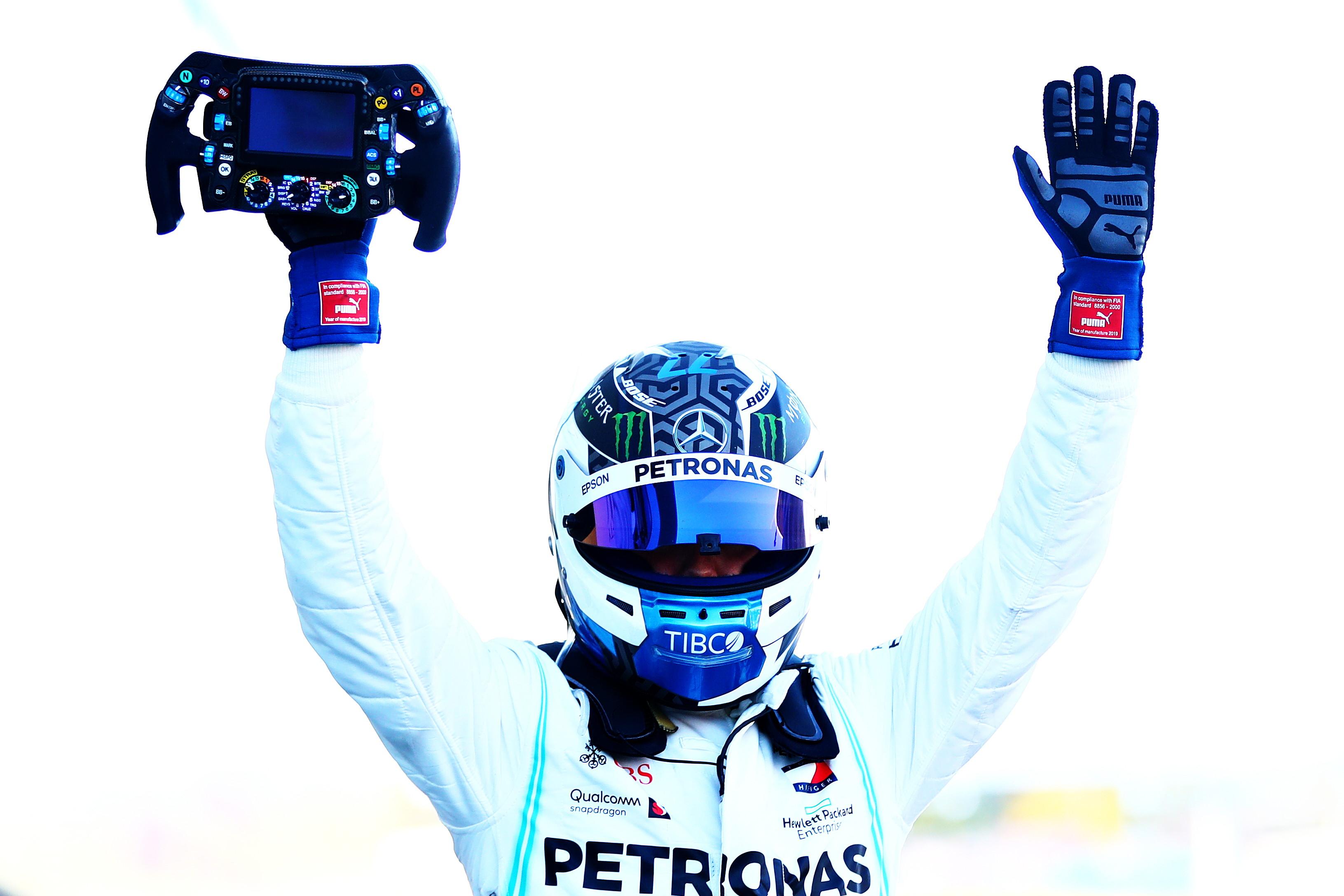 A Suzuka vince Bottas, ennesimo pasticcio per le Ferrari