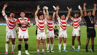 """Rugby Mondiali, il Giappone vola ai quarti: """"Dedicata alle vittime del tifone"""""""